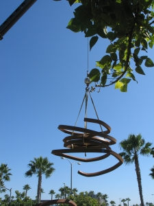 Easy now: the piece being installed at San Diego Internaitonal Airport.